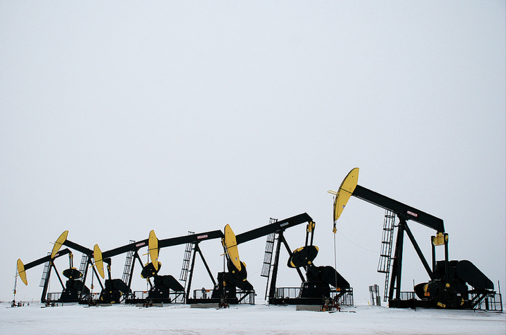 Oil fracking in the Tioga area of North Dakota/Photo by Geof Wilson (Creative Commons)